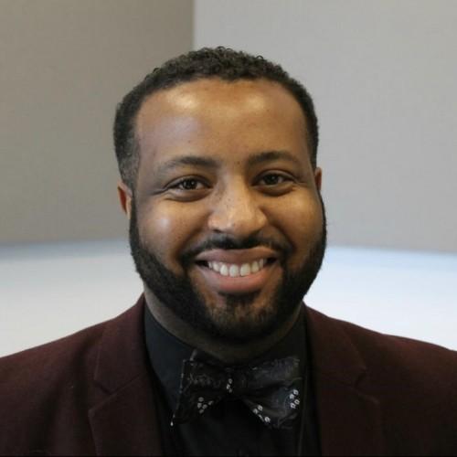 Headshot of Marvin-Alonzo Greer