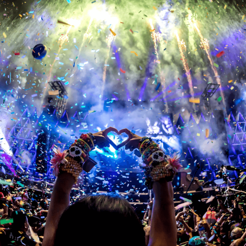 Rave party with a heart